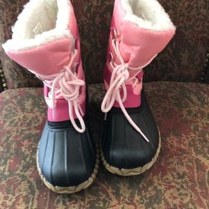 Other - Like new snow boots